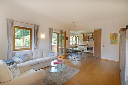 Perfekt ausgestattete Wohnung in toller Lage der Gamsstadt- 1 Jahr zu mieten!
