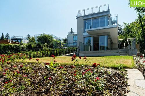 Exklusives und exquisit ausgeführtes Kleingartenhaus in Neustift am Walde mit unverbaubarer Fernsicht auf die Weinberge, mit Solaranlage und Fußbodenheizung