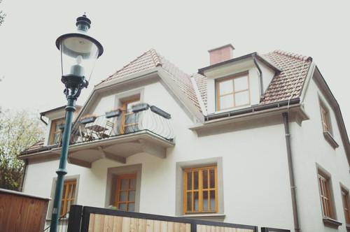 Wunderschöne Villa am Waldrand im idyllischen historischen Dorf