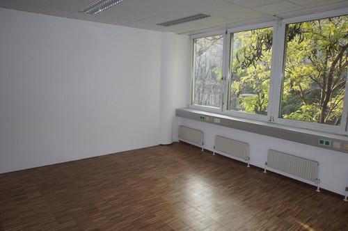 229,18qm. Modernes helles Büro - Neubau, geringe BK, bis zu 6 Garagenplätze im Haus möglich