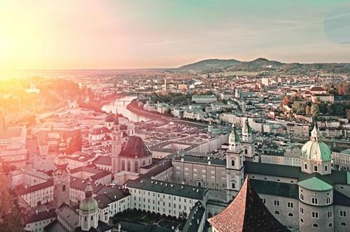 Vermietete kleine Zweizimmerwohnung in Salzburg Stadt, 34m2, zu verkaufen! ca. 2,8% Rendite p.a.
