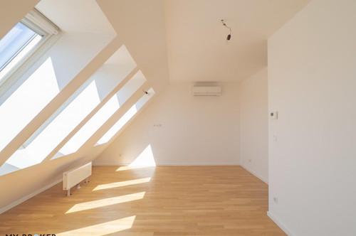 Wunderschöne, helle 3 Zi. Dachgeschosswohnung mit großer Terrasse