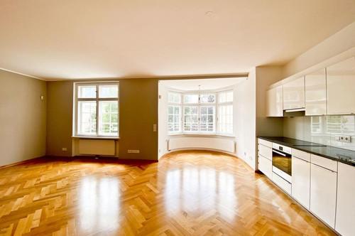 3-Zimmer-Wohnung mit Stil // Andrä-Palais // Miete