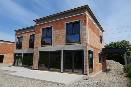 Schöne neue Doppelhaushälfte nächst Ortsgrenze Gmunden