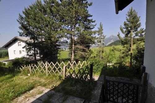 Geräumige Doppelhaushälfte mit Garten und schöner Aussicht!