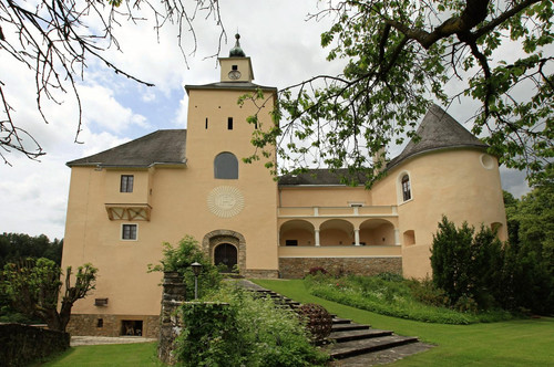 Schloss mit Geschichte in Kärnten