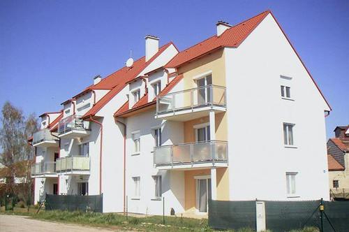 Pulkau. Geförderte 3 Zimmer Wohnung | Balkon | Miete.