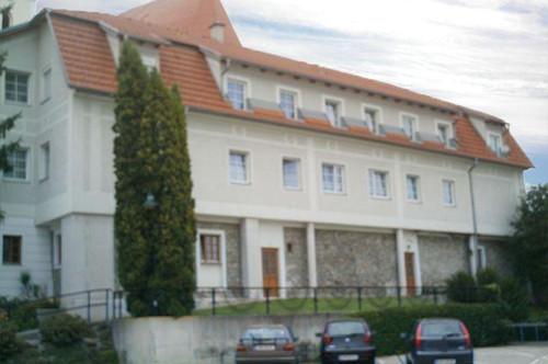 Aschbach-Markt. Geförderte Seniorenwohnung   Miete.