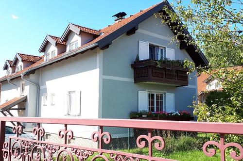 Kasten/Böheimkirchen. geförderte 2 Zimmer Mietwohnung   Balkon   Sonderwohnbau.