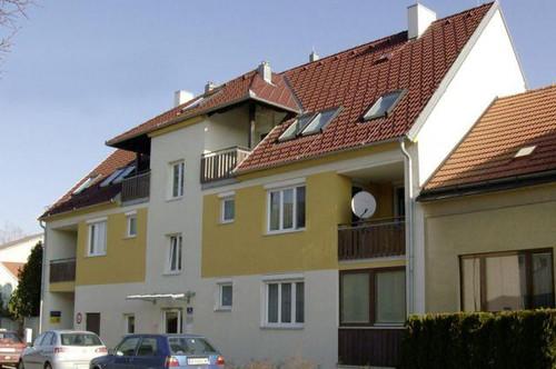 Schönkirchen-Reyersdorf. Dachgeschoßwohnung Miete mit Kaufrecht.