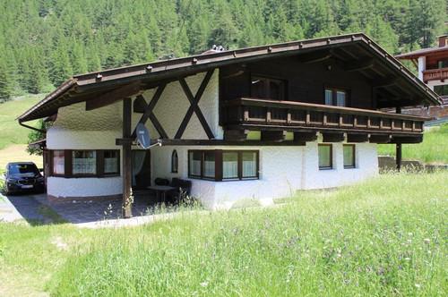 Sportbegeisterung trifft Tiroler Gemütlichkeit in der Schimetropole Sölden...
