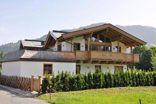Exklusive Doppelhaushälfte im Tiroler Stil - Neubau  Haus I