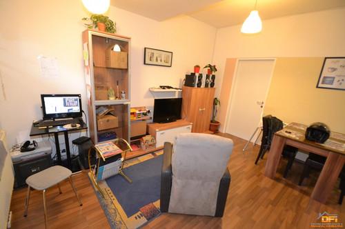 Sonnige 2-Zimmer Wohnung (perfekt für 2er WG) mit guter Ausstattung in zentraler Lage