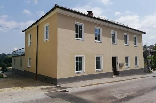 Wohnhaus mit 2 Wohneinheiten im Zentrum