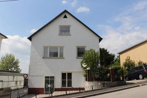 Mehrfamilien-/Mietshaus für eine große Familie oder Anleger im Ennser Zentrum