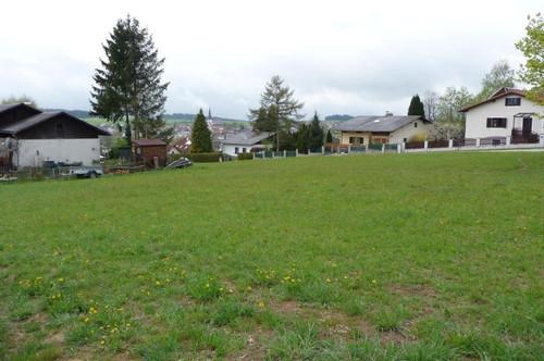 Sonniges Grundstück in Siedlungslage