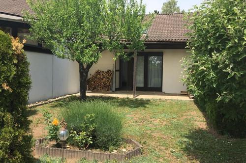 Breitenbrunn/Pustzawohnpark - sehr gepflegtes 55 m² Haus mit herrlichen Seeblick!