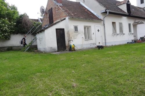 7021 Baumgarten liebes 80m² renovierungsbedürftiges Landhaus in ruhiger Ortslage!