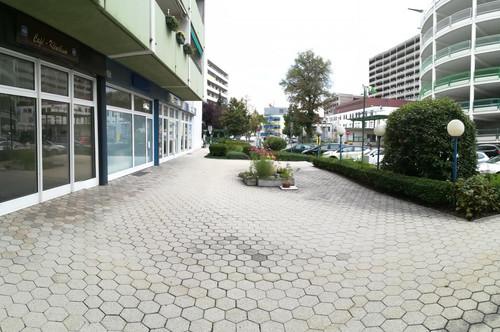 Tiefgaragenstellplatz vis à vis vom LK Wiener Neustadt