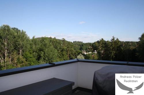 Traumhafte Wohnung mit Blick über Leechwald