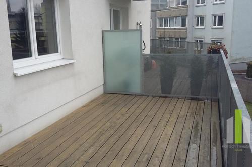 Top moderne 2 Zimmer Wohnung mit 22m² großer Terrasse, Tiefgaragenstellplatz in guter Lage
