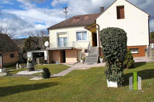 Gepflegtes Einfamilienhaus in Ruhelage nähe Großpetersdorf