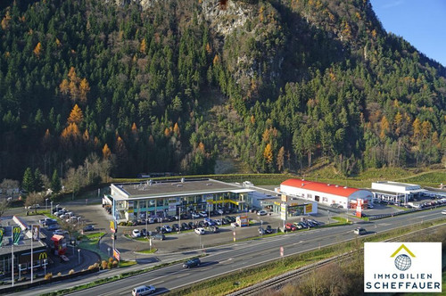 Top-frequentierte Geschäftsfläche in Schlitters zu vermieten:
