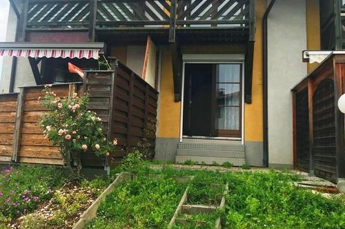 Wies: Terrassenwohnung mit kleiner Grünfläche in zentraler Lage