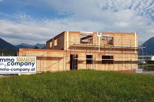 Im Bezirk Reutte schlüsselfertiger Neubau mit ca. 144 m² Wohnfläche, Garten um Euro 452.000,--.