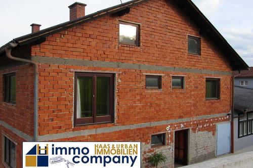 ### CA. 260 m² Wohnfläche ### Einfamilienhaus mit Pool - zu VERKAUFEN