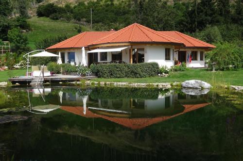 Neuwertige Landhausvilla oberhalb des Millstättersees