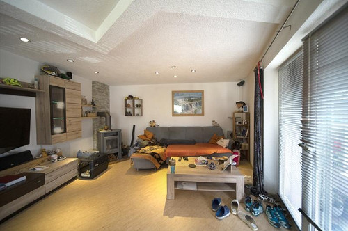 Kolsass: Moderne 4-Zi-Doppelhaushälfte