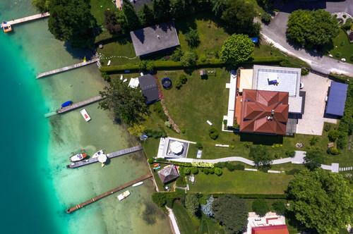 WÖRTHERSEE   Großzügige Seeliegenschaft mit 22m Uferlänge und 1.800 m2 Bauland