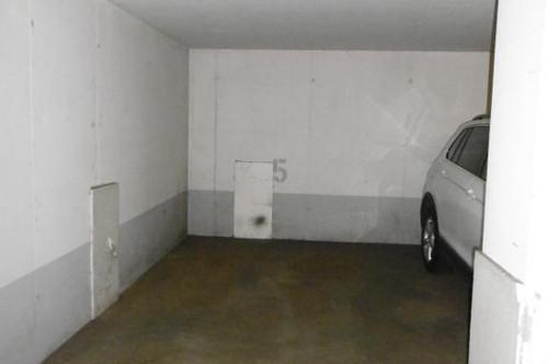 Garagenplatz!