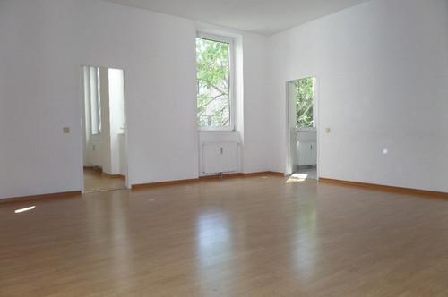 Sonnige Familienwohnung mit Grünblick!