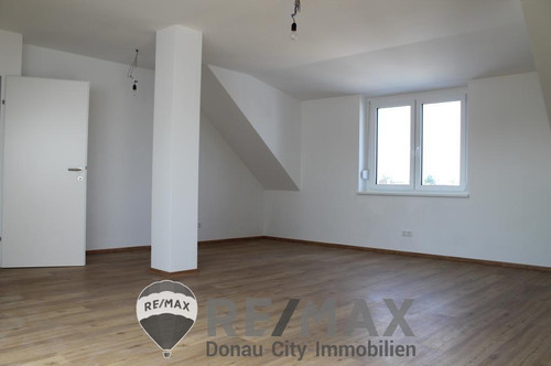 <b>&quot;Neubau mit großer Wohnküche!&quot;</b>