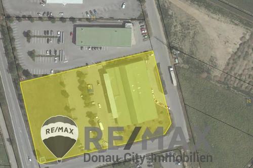 <b>&quot;Geschäftslokal mit einer Größe von ca. 339,82 m² samt dazugehörigen Parkplätzen in Hollabrunn&quot;</b>
