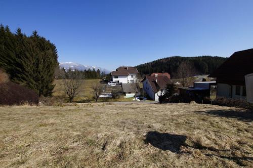 Grundstück in sonniger Lage