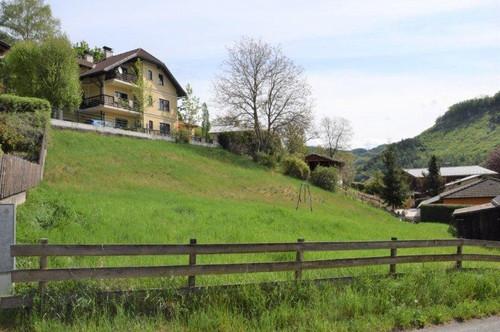 wunderbarer Baugrund mit Aussicht ins Grüne!