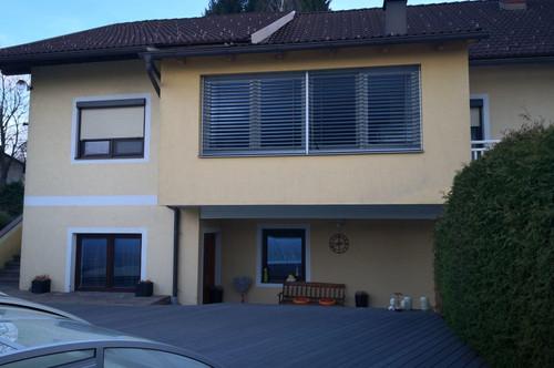 Wohnhaus mit Gasthof und Nebengebäuden in Tainach