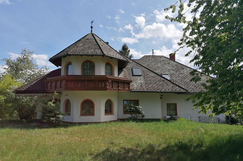 Landhaus mit großem Grund in Viktring