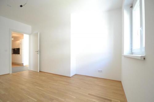 Liebenau - PROVISIONSFREI - 59m² - 3 Zimmer - neuwertig - großer Balkon - Tiefgarage