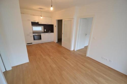 Jakomini - ERSTBEZUG - 49m² - 3 Zimmer Wohnung - großer Balkon - WG fähig- inkl. Carport