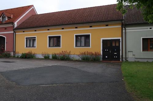Dreiseithof in ruhiger Lage in Rudersdorf