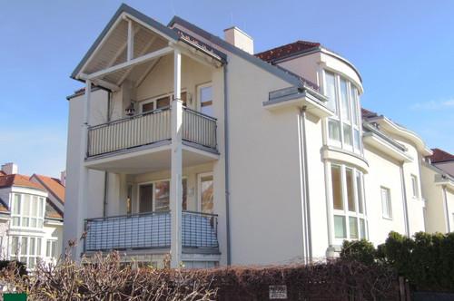 Helle, attraktive Wohnung mit großem Balkon