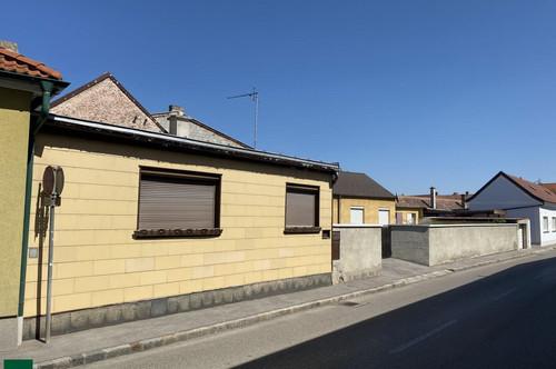 Haus mit Renovierungsbedarf