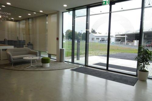 Moderne Bürofläche in einem neu errichteten Bürohaus mit KFZ-Abstellplatz im Grazer Bezirk Puntigam