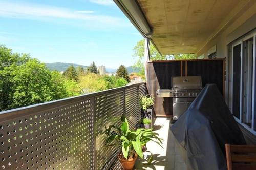 Wunderschöne, moderne 3-Zimmer-Wohnung mit rd. 17 m² Balkon und KFZ-Carport-Abstellplatz im Grazer Bezirk Geidorf