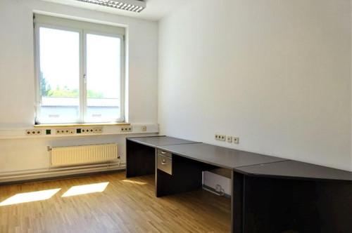 Helle Büroräumlichkeit mit in guter Lage im Grazer Bezirk Puntigam
