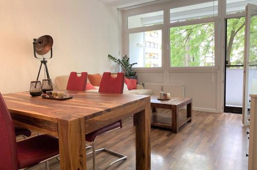 Schöne, großzügige 3-Zimmer-Wohnung mit ruhiger Innenhof-Loggia und Tiefgaragenabstellplatz in absoluter Bestlage in Graz-Mariatrost
